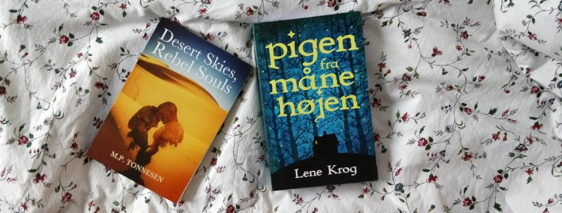 The books Desert Skies, Rebel Souls and Pigen fra Månehøjen on a flowery background.