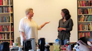 Ditte Wiese og Kaya Hoff taler om, hvor råt YA litteratur må være